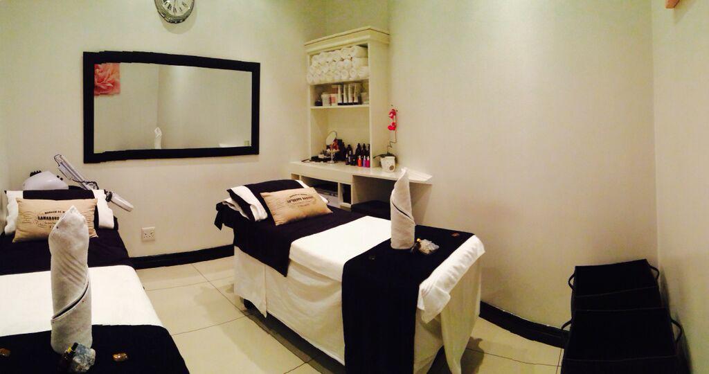 africology-spa-rosebank-treatment-room2