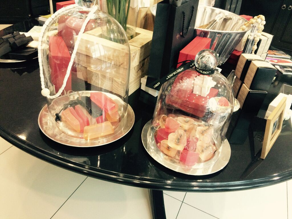 africology-spa-soap-display